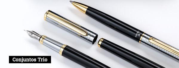 Conjunto de canetas com tres canetas